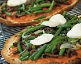 recept pizza mozzarella kaneel oregano broodpizza