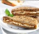 recepten-vandaag-tosti-met-rode-pesto