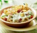 macaroni_ovenschotel_met_salami_paprika_en_kaas-tuinkruidensaus