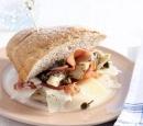 Broodje_met_artisjokken_Parmaham_en_kappertjes_recepten_vandaag
