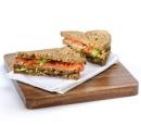 Sandwich_met_geroosterde_groenten_en_basilicum_margarine_recepten_vandaag