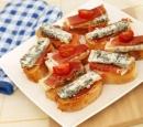 recepten_vandaag_bruschetta_met_goronzola