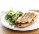 recepten_vandaag_panini_met_casselerrib_en_pesto