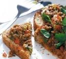 recepten_vandaag_toast_met_sardines_en_paprika