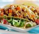 Tacos-met-gehakt-mais-tomaat-en-saus