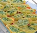 receptenvandaag gevulde pastaschelpen met spinazie