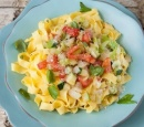 receptenvandaag vegetarische pasta met courgette en tomaat