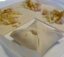 receptenvandaag Bladerdeeghapjes met kip en kerrie