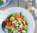 receptenvandaag Italiaanse gnocchi met pesto, sperziebonen en tomaatjes