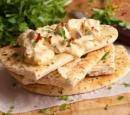 receptenvandaag Gemarineerde kip met naanbrood en raita