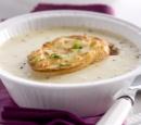 receptenvandaag Knoflooksoep met kaasbroodjes