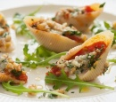receptenvandaag Pastaschelpen gevuld met gorgonzola en walnotenkruim