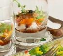 receptenvandaag Amuse met geitenkaas, gandaham, abrikozen en pijnboompitjes
