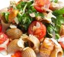 Zomerse-pasta-met-honingkip-en-spinazie_1