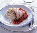 11 gegrilde tonijn met tomaat, olijven en kappertjes