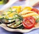 19 gegrilde gemengde groenten met rozemarijn