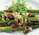 19 geroosterde asperges met gerookte kip